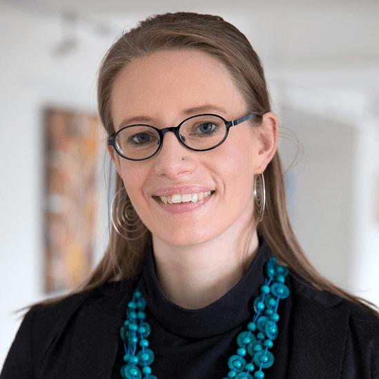 Dr Katharina Höne